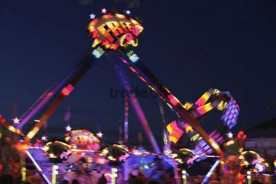 Amusement ride at the Oktoberfest, Munich, Bavaria, Germany, Europe