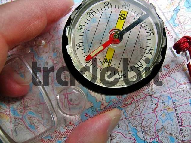 orientation with a map and a compass