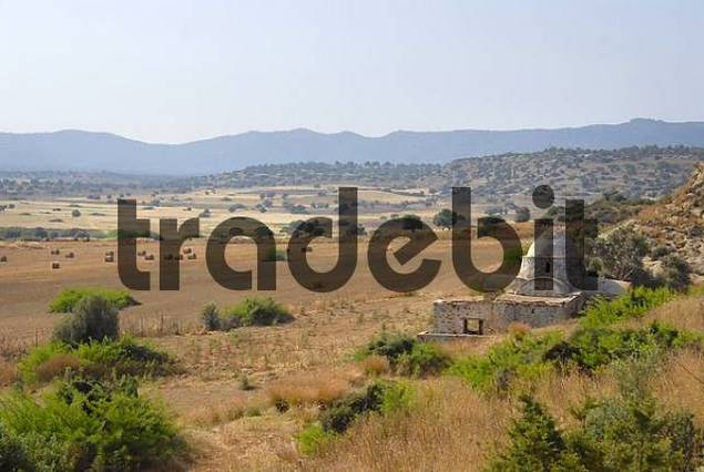 Frühchristliche Kirche Panagia tis Kyras im Feld bei Sazliköy Livadia Nordzypern Zypern