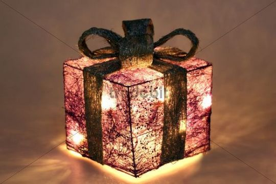 Lighted Christmas decoration, LED lighting, gift box - Download Pic...