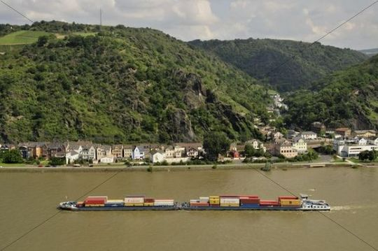 Cargo ship on the Rhine River near St. Goarshausen, Rhineland-Palatinate, Germany, Europe