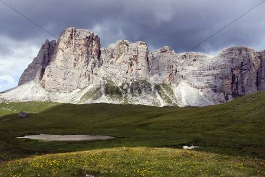 Mount Ponta Lastoi de Formin, 2657 m, Dolomites, Alto Adige, South Tirol, Alps, Italy, Europe