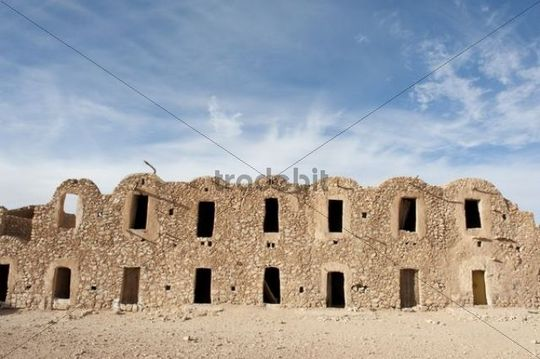 Multi-level barn constructed with barrel vaults, Ghorfa, Ksar Fercha, Southern Tunisia, Tunisia, Maghreb, North Africa, Africa