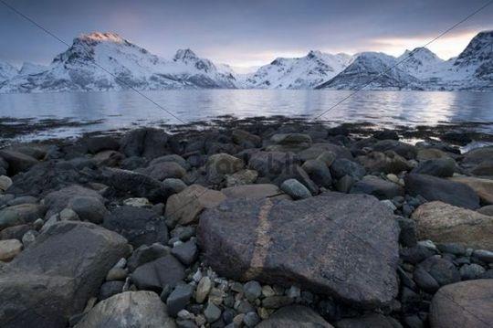Stortinden Mountains in Øksfjorden, Øksfjord, Finnmark, Norway, Europe