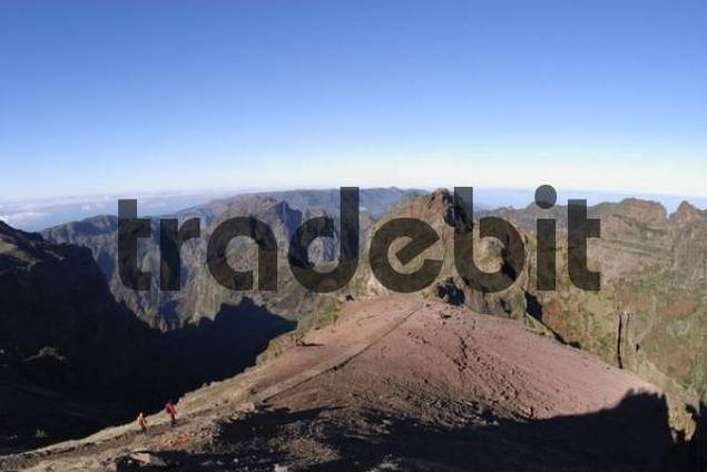 view from Pico do Arieiro to Pico do Gato - Madeira
