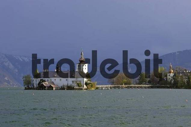 castle Orth at lake Traunsee Gmunden Upper Austria Austria