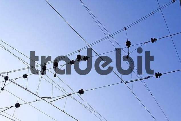contact wires of an electrical train