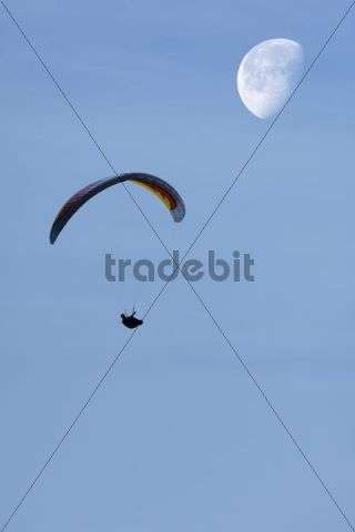Paraglider with moon, composing
