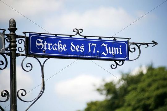 Street sign next to Berlin Victory Column, Strasse des 17. Juni street, Berlin, Germany, Europe