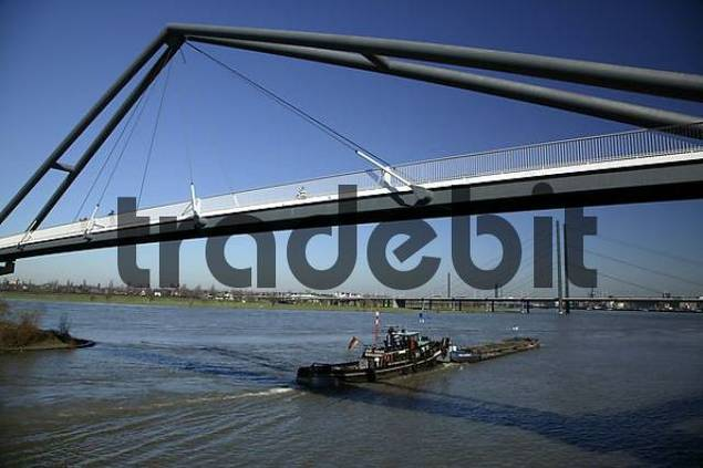 Rhine Bridge, Duesseldorf, North Rhine-Westphalia, Germany