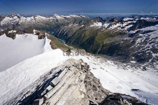 View from Mt Hochfeiler across the Pfitschertal valley, Zillertal valley and Schlegeisspeicher reservoir at back, Austria, South Tyrol, Italy, Europe