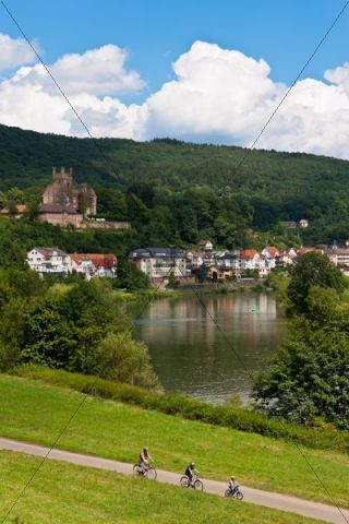 Mittelburg Castle, Neckarsteinach, Vierburgeneck, Neckartal-Odenwald Nature Park, Hesse, Germany, Europe, PublicGround