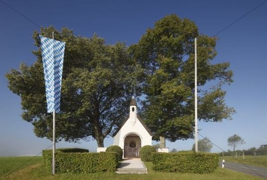 War Memorial Chapel in Hittenkirchen, community of Bernau, Chiemgau, Upper Bavaria, Bavaria, Germany, Europe, PublicGround
