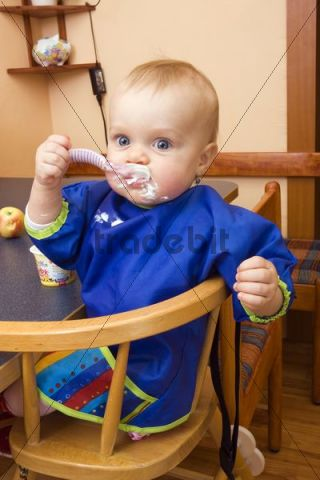Baby, 1 year, eating