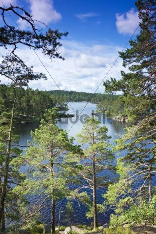 Stora Trehorningen lake, Tiveden National Park, Sweden, Scandinavia, Europe