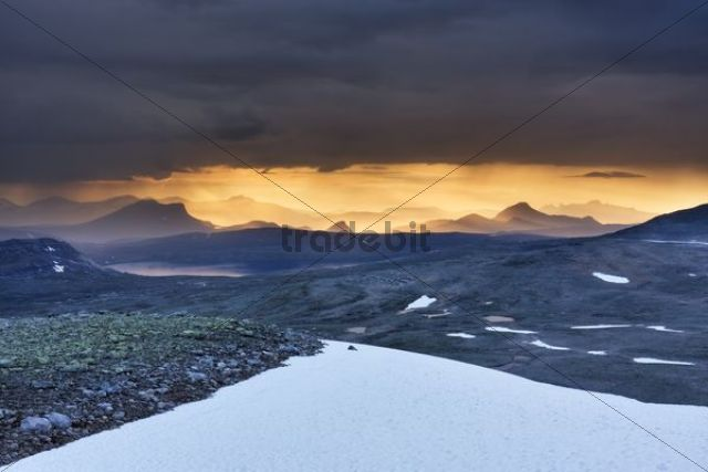 The mountains around Nordre Bjøllåvatnet, Bjollavatnet lake, view from Steindalstinden hill, Saltfjellet-Svartisen National Park, Nordland county, Norway, Scandinavia, Europe