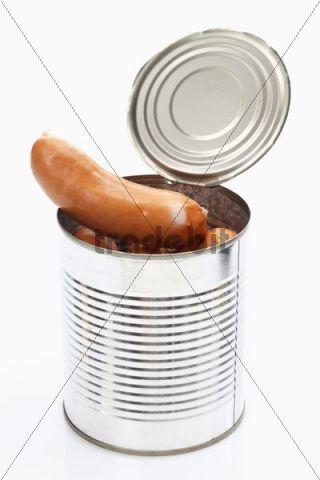 Opened tin with Frankfurter sausages, knackwurst or bockwurst
