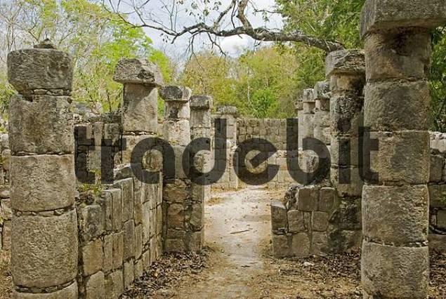temple of thousend columns Chichen Itza Mexico