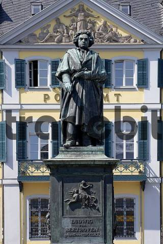 Beethoven monument, Bonn, NRW, Germany - Download Architecture