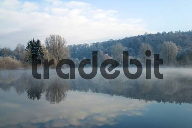 winter morning at the quarry pond, near Biberach an der Riss, Upper Swabia, Baden-Wuettemberg, Germany