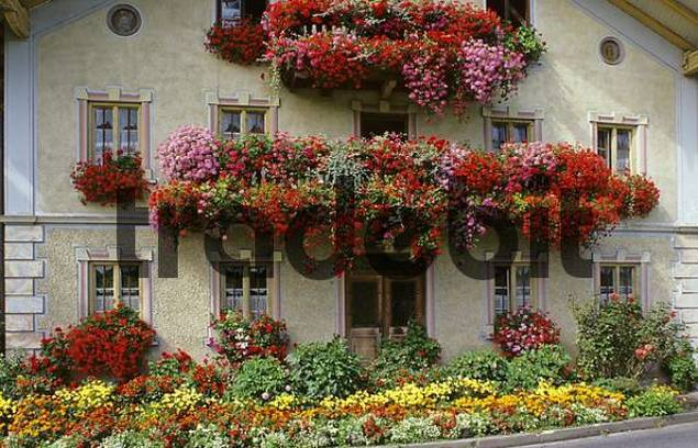 farmhouse with flowers in Emmeshofen Bavaria Germany