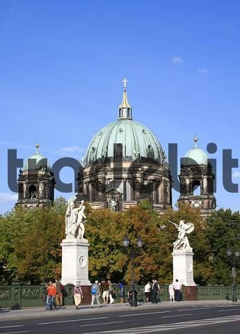 castle bridge, Schlossbruecke, Unter den Linden, Berlin, Germany
