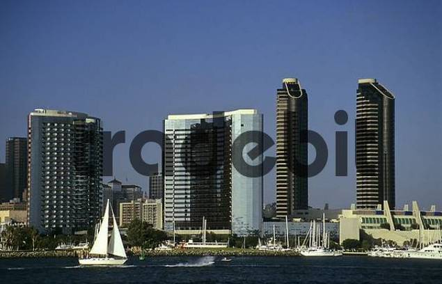 Sailboats in front of San Diego skyline, California, USA