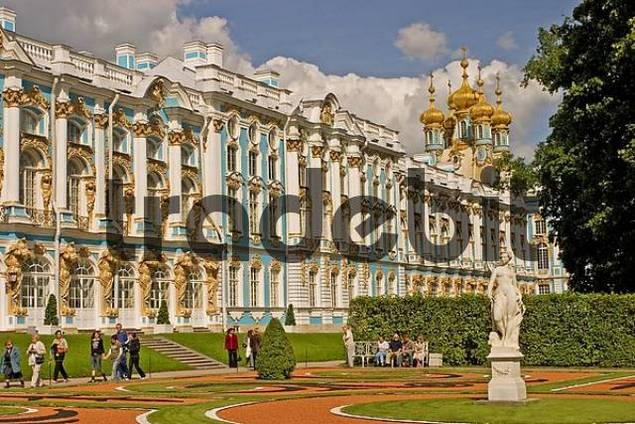 GUS Russia St. Petersburg 300 years old Venice of the North Zarskoje Selo Puschkinos Castle Katharinas Palace golden Domes of the Palace Church founded in Middle of 18 Century by the Zars Katharin