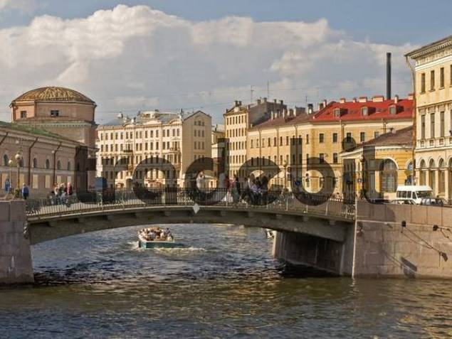 white Nights, GUS Russia St Petersburg 300 years old Venice of the North Bridge from Fontanka to Moika Canals at the Royal Stables with Sightseeing Boat Marriage Couple at the Bridge Marriage Part