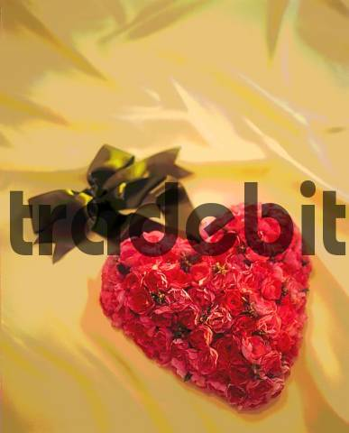 Flower heart made out of flowers