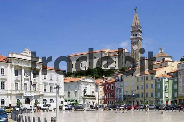 Main square Tartinijev trg with town hall and church Sv. Jurij in the old town of Piran at the Adriatic coast in Slovenia