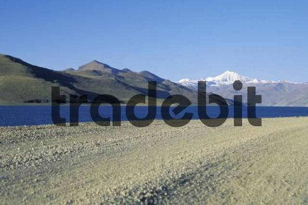 Road gravel road in Tibet