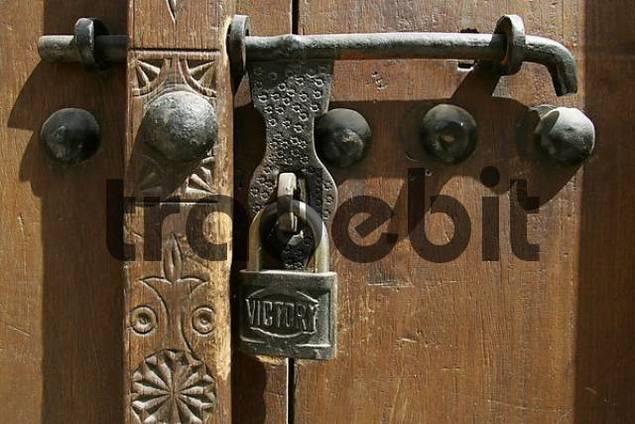 U.A.E., Dubai, Bur Dubai, Old Door Lock At A House In The Historic