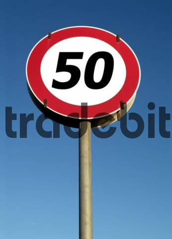 traffic sign, speed restriction 50kmh
