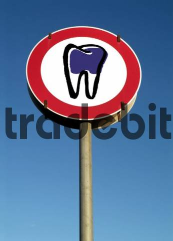symbolic traffic sign tooth