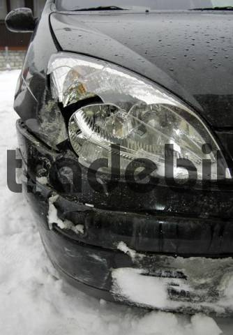 smashed car light