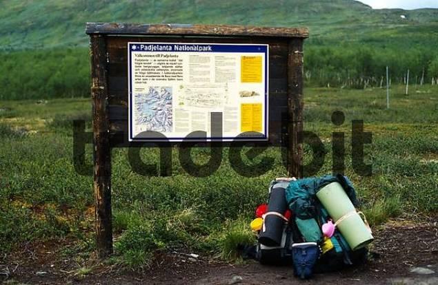 Sign Border Nationalpark Padjelanta Sarek, swedish Laplamd, Sweden