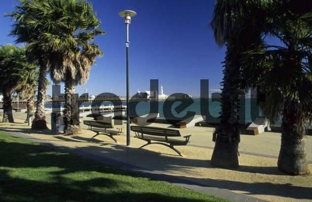 seaside promenade, waterfront, at Geelong, Victoria, AUS