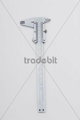Caliper, measuring instrument