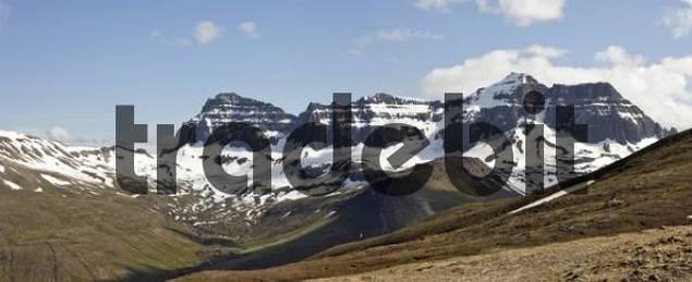 Dyrfjoell Massif, Bakkageri, Iceland, Atlantic Ocean