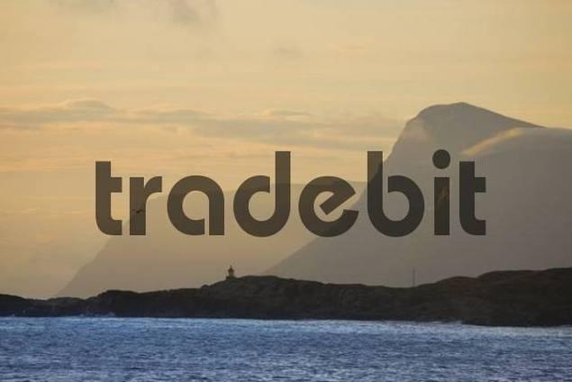 Sunset over the sea, coastal mountains, Runde Island, Mre og Romsdal, Norway, Scandinavia, Europe