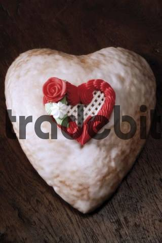 Heart-shaped cake - Download Abstract