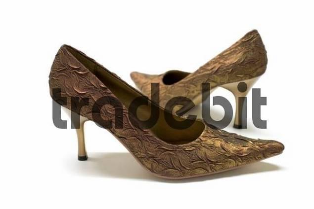 Brocade high-heels