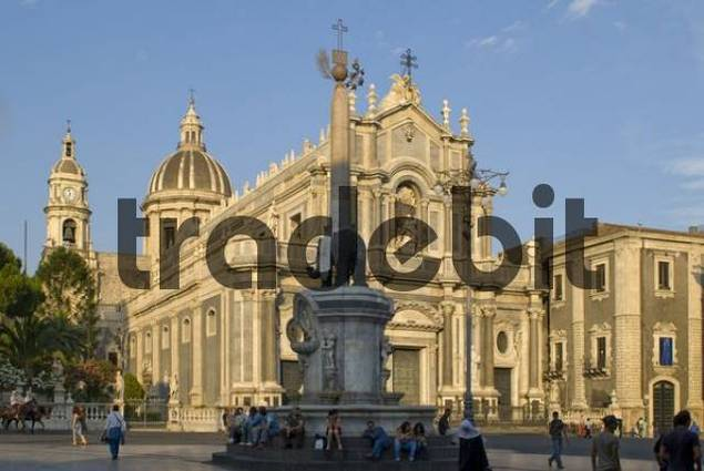 Fontana dell Elefante Elephant Fountain in front of the cathedral at Piazza del Duomo, Catania, Sicily, Italy