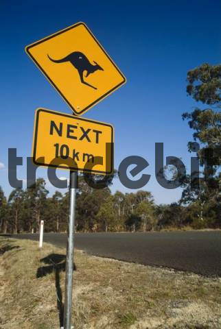 Kangaroo crossing sign, Australia