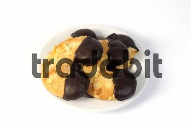 Almond crescent cookies, biscuits