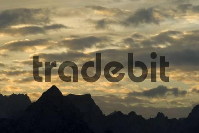 Gotzen Alm, Mt. Hirschwies-Kopf and Mt. Hachelkoepfe, Berchtesgaden National Park, Bavaria, Germany, Europe