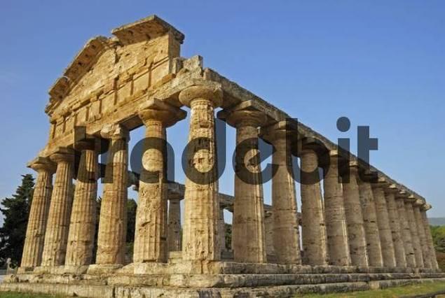 ruins of greco roman architecture paestum province of greco roman architecture idolza