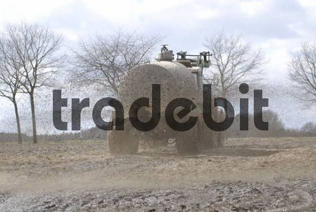 liquid manure is distributed on field