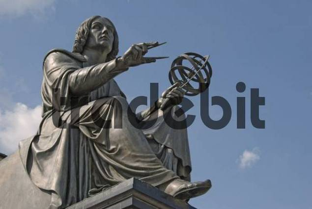 Monument for Nicolaus Copernicus, Warsaw, Poland, Europe